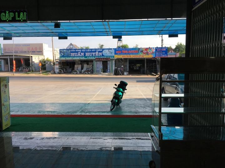 Ho Chi Min 228